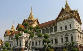 Обзор большого Королевского дворца и храма Изумрудного Будды в Бангкоке