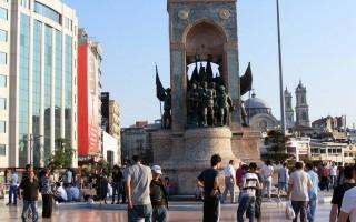 Обзор Таксима — района и площади в Стамбуле