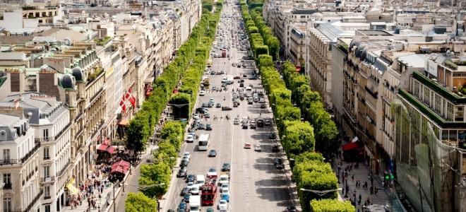 Описание и прогулка по Елисейским Полям в Париже