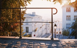 Обзор района Монмартр в Париже