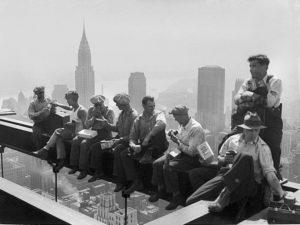 Знаменитое фото со стройки Рокфеллер Центра