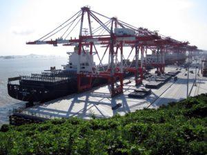 Порт – грузооборот 443 миллиона тонн, непревзойденный в мире