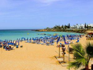 Пляж с красивым названием