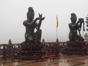 Бодхисаттвы символизируют добродетели