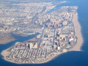 Полуостров Кони-Айлен расположен в южной части Бруклина